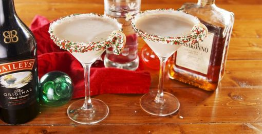 delish-sugar-cookie-martinis-still001-1543866110